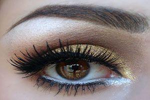 Cómo lograr unos ojos más atractivos con maquillaje