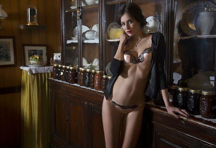 Christies lingerie-FW-2013 (19)