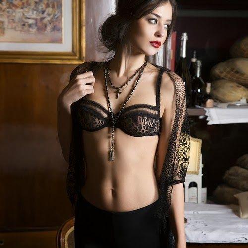Christies lingerie-FW-2013 (21)
