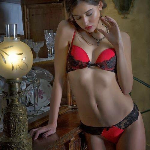 Christies lingerie-FW-2013 (24)