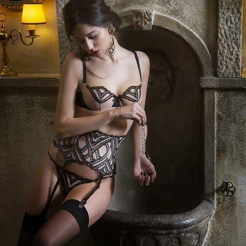 Christies lingerie-FW-2013 (6)